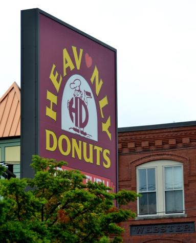 Heav'nly Donuts in Bradford