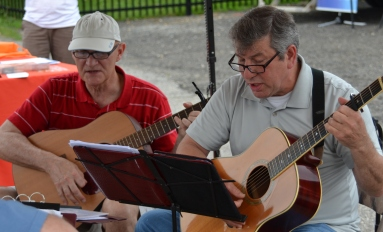 Opening Day Farmers Market Musicians