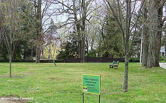 IMG_4939 Haverhill Earth Day 2016 White Park near entrance to Plug Pond - Copy