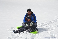 DSC_8876 Haverhill WInter Swasey sledding Carmin and Daniel