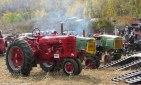 img_2074-haverhill-crescent-farm-tractor-pull-2016-edits-3-overview
