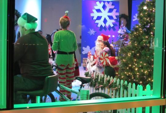 IMG_7330 (2) HAV (c)Alison Colby-Campbell GHCC 2018 CHristmas Stroll santa