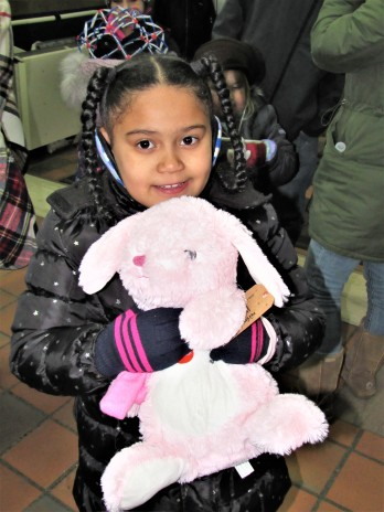 IMG_7372 (2) HAV (c)Alison Colby-Campbell GHCC 2018 CHristmas Stroll Stuffed animals Caleigh