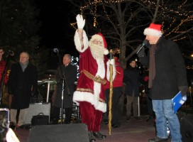 IMG_7406 (2) HAV (c)Alison Colby-Campbell GHCC 2018 CHristmas Stroll Santa and Ron Carpenito