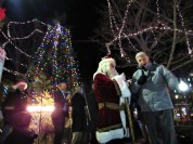IMG_7437 (2) HAV (c)Alison Colby-Campbell GHCC 2018 CHristmas Stroll lighted tree mayor and santa